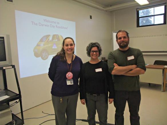 Teacher Bianca McKeen hosts Drs. Karen Cranston and Paul Harnick of NESCent